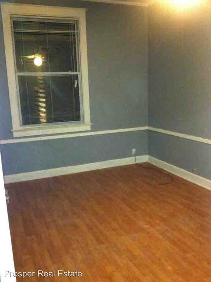 Studio 3 Bathrooms Apartment for rent at 1108 Second Ave in Eau Claire, WI