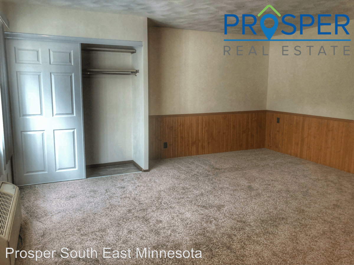 Studio 1 Bathroom Apartment for rent at 900 Fourteenth Street Nw in Austin, MN