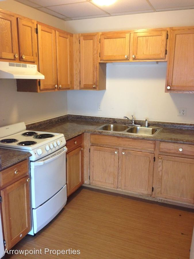 2 Bedrooms 1 Bathroom Apartment for rent at 256 Essex St in Lawrence, MA