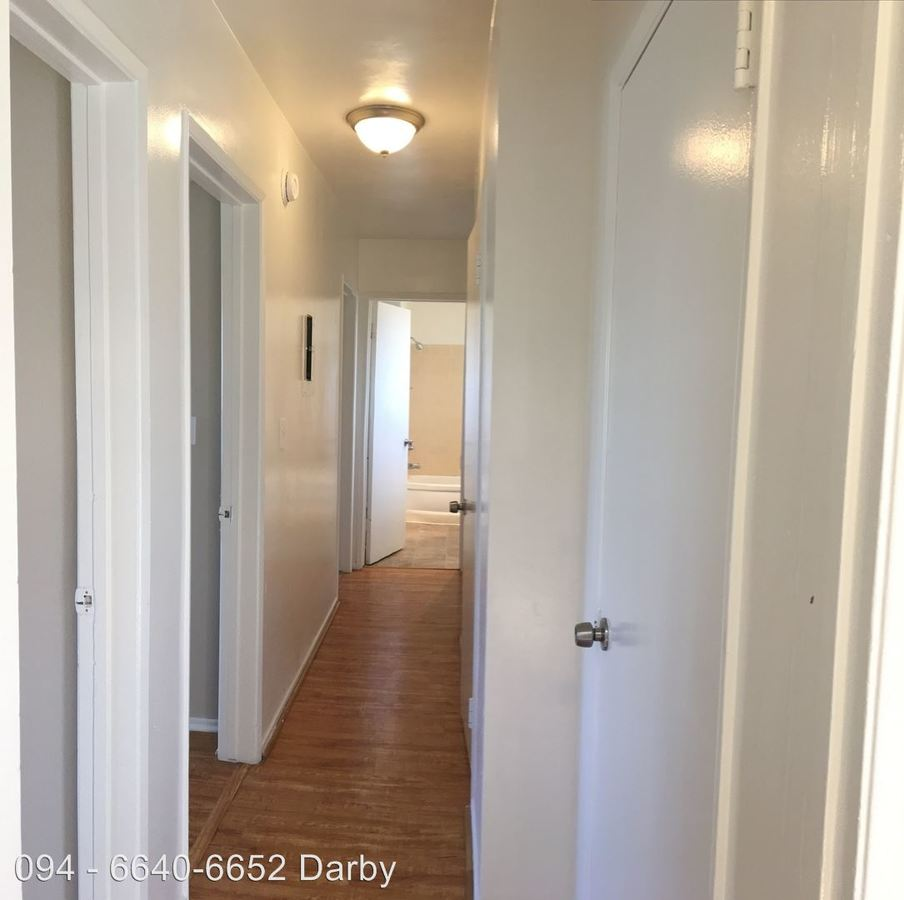 3 Bedrooms 1 Bathroom Apartment for rent at 6640-6652 Darby Ave. in Reseda, CA