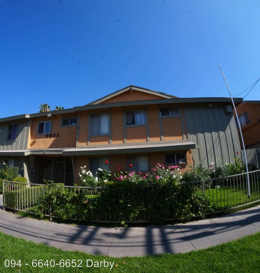 1 Bedroom 1 Bathroom Apartment for rent at 6640-6652 Darby Ave. in Reseda, CA