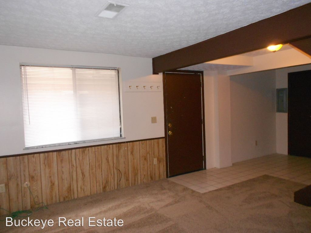 4 Bedrooms 2 Bathrooms Apartment for rent at 201-253 W. 9th Ave in Columbus, OH