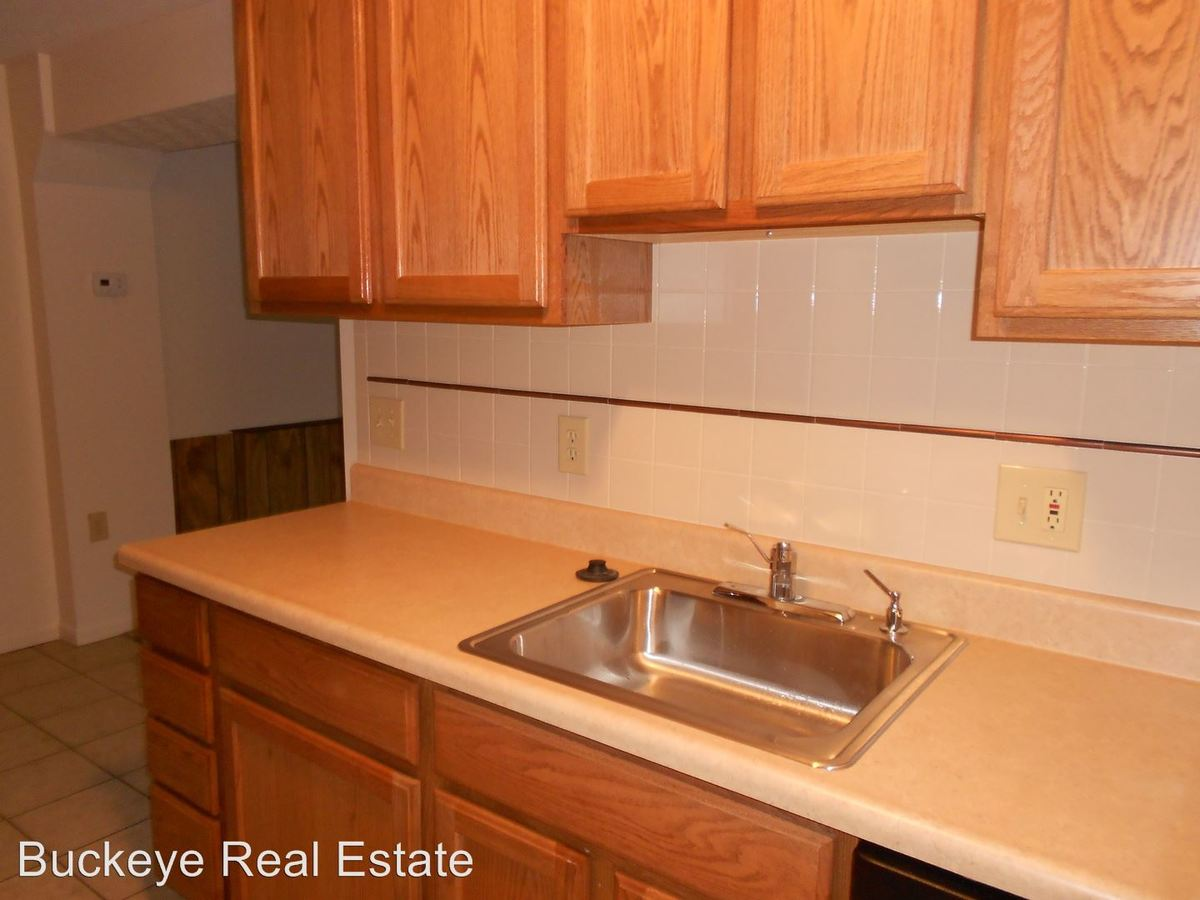 3 Bedrooms 2 Bathrooms Apartment for rent at 170-188 W. 9th Ave in Columbus, OH