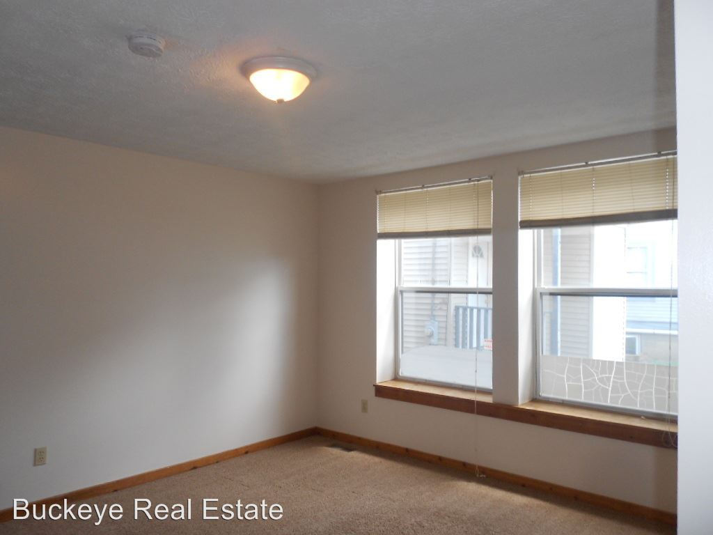 1 Bedroom 1 Bathroom Apartment for rent at 59 & 61 Chittenden Ave in Columbus, OH