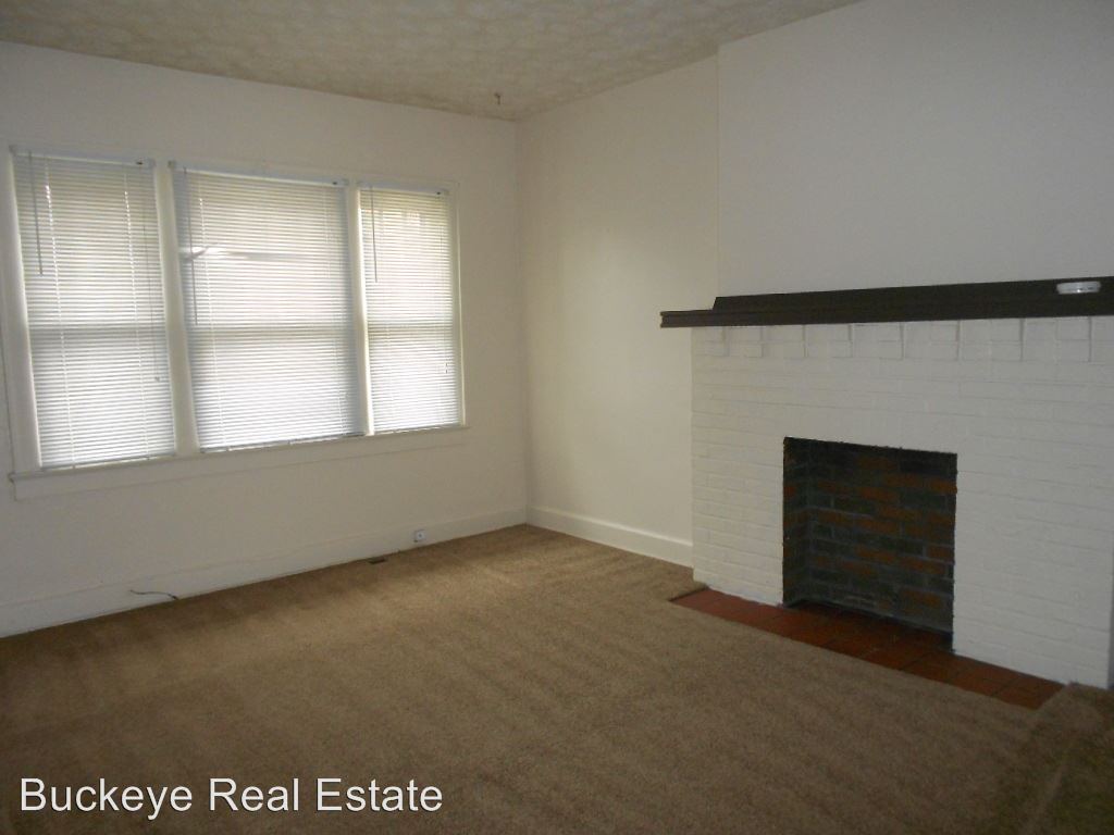 2 Bedrooms 1 Bathroom Apartment for rent at 160-166 W. Northwood Ave in Columbus, OH