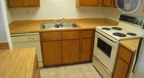Similar Apartment at 2900 S 1st St
