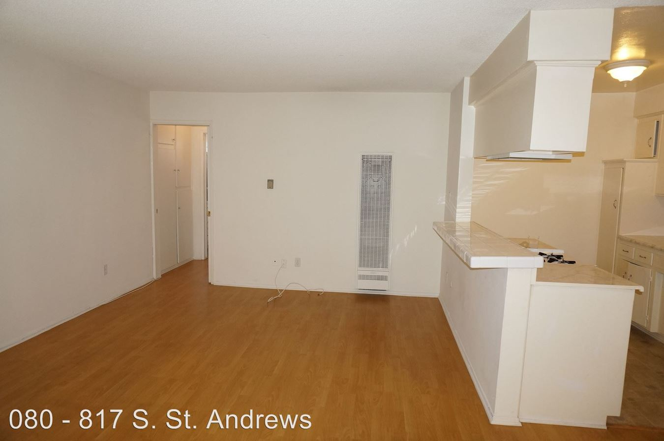 1 Bedroom 1 Bathroom Apartment for rent at 817 S. St. Andrews Pl. in Los Angeles, CA