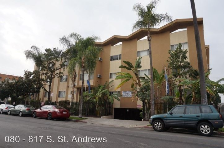 2 Bedrooms 1 Bathroom Apartment for rent at 817 S. St. Andrews Pl. in Los Angeles, CA