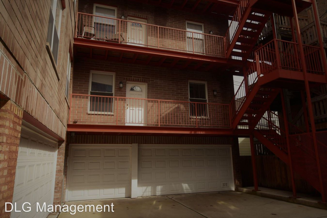 2 Bedrooms 1 Bathroom Apartment for rent at 720 W. Buckingham in Chicago, IL