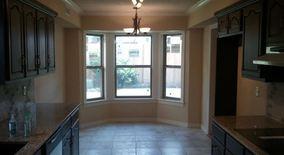 Similar Apartment at 2217 W Nashville St