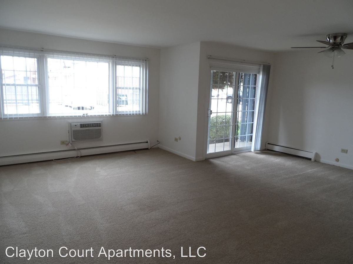 2 Bedrooms 2 Bathrooms Apartment for rent at 730 W Algonquin Rd in Des Plaines, IL