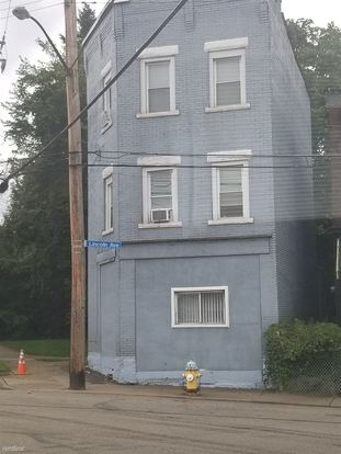 2 Bedrooms 1 Bathroom Apartment for rent at 826 Lincoln Ave in East Liberty, PA