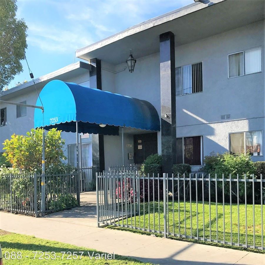 2 Bedrooms 1 Bathroom Apartment for rent at 7253-7257 Variel Ave. in Canoga Park, CA