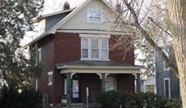 Similar Apartment at 385 E 15th Ave