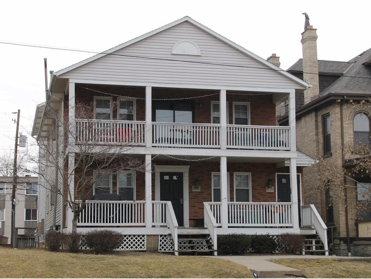 4 Bedrooms 2 Bathrooms Apartment for rent at 1728 Summit in Columbus, OH