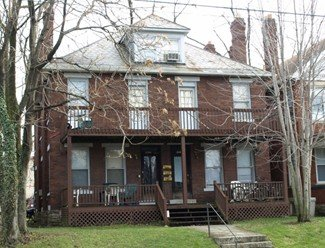 4 Bedrooms 2 Bathrooms Apartment for rent at 2182 Summit St in Columbus, OH