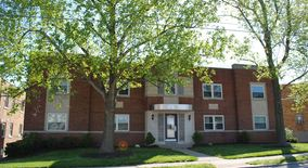 Similar Apartment at 3416 Shaw Ave