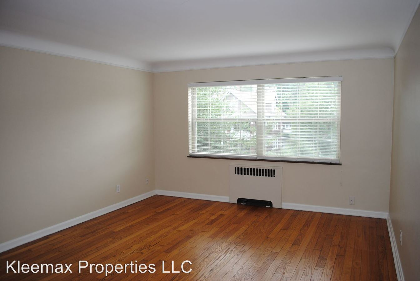 1 Bedroom 1 Bathroom Apartment for rent at 2860 Observatory Ave in Cincinnati, OH