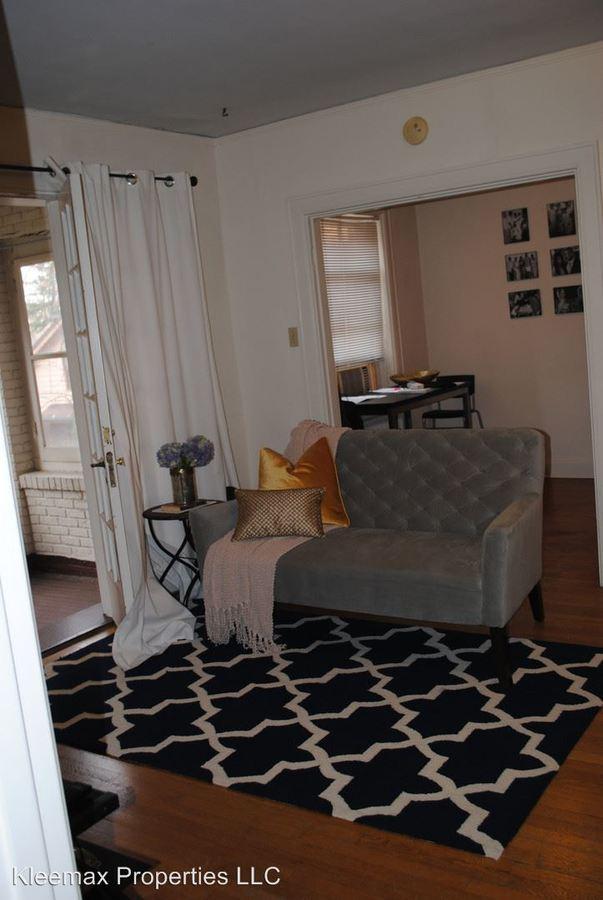 Studio 1 Bathroom Apartment for rent at 2558 Madison Rd in Cincinnati, OH