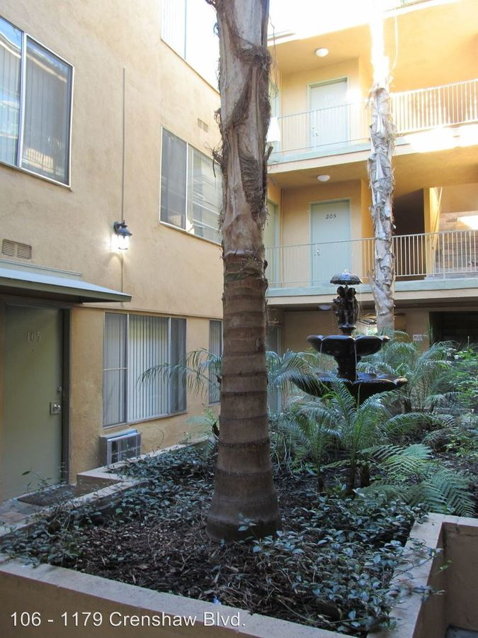 1 Bedroom 1 Bathroom Apartment for rent at 1179 S. Crenshaw Blvd. in Los Angeles, CA