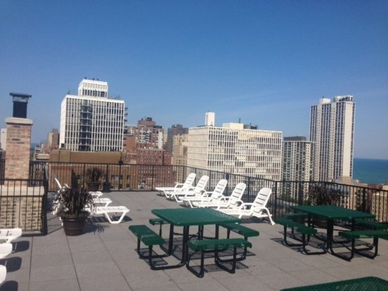 2 Bedrooms 1 Bathroom Apartment for rent at 14 West Elm Street in Chicago, IL