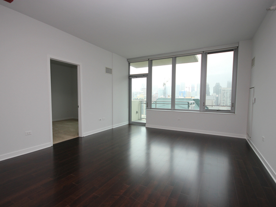 2 Bedrooms 2 Bathrooms Apartment for rent at 469 West Huron Street in Chicago, IL