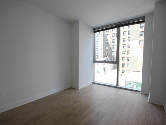 1 Bedroom 1 Bathroom Apartment for rent at 201 North Garland Court in Chicago, IL
