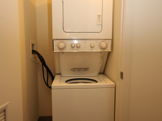 Studio 1 Bathroom Apartment for rent at 555 West Kinzie Street in Chicago, IL