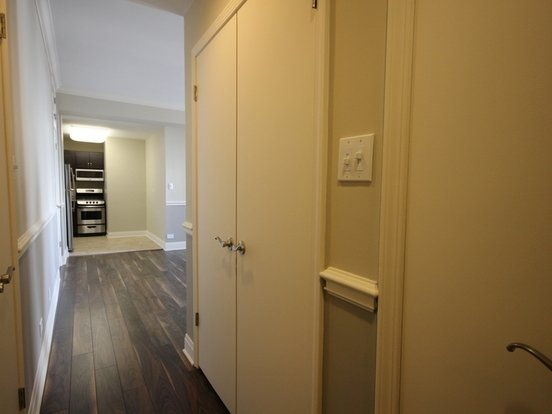 Studio 1 Bathroom Apartment for rent at 2300 North Lincoln Park West in Chicago, IL