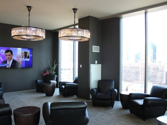 3 Bedrooms 3 Bathrooms Apartment for rent at 123 North Desplaines Street in Chicago, IL