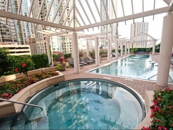 1 Bedroom 1 Bathroom Apartment for rent at 747 North Wabash Avenue in Chicago, IL