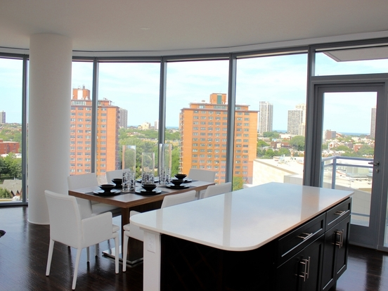 2 Bedrooms 1 Bathroom Apartment for rent at 1457 North Halsted Street in Chicago, IL