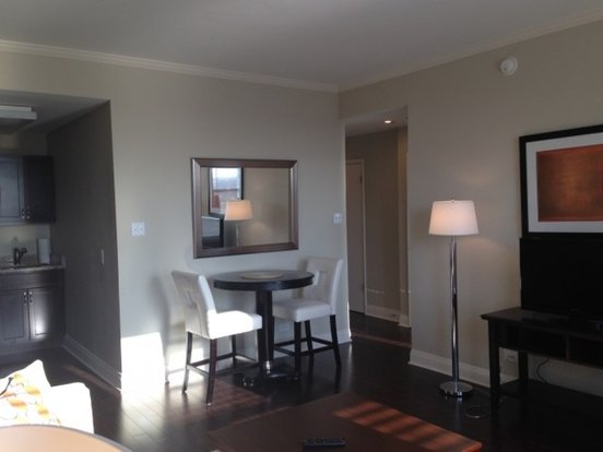 1 Bedroom 1 Bathroom Apartment for rent at 2300 North Lincoln Park West in Chicago, IL