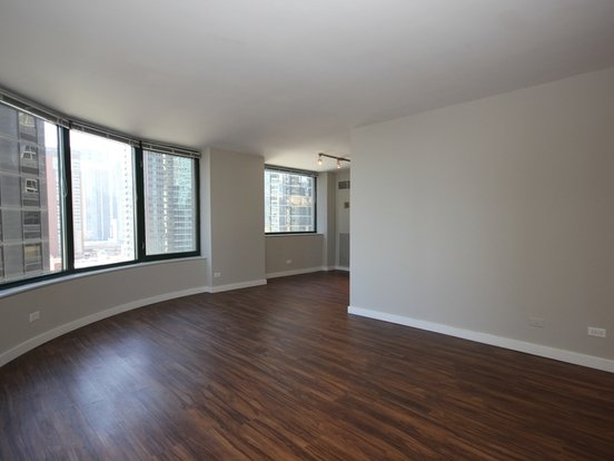 2 Bedrooms 2 Bathrooms Apartment for rent at 420 East Ohio Street in Chicago, IL