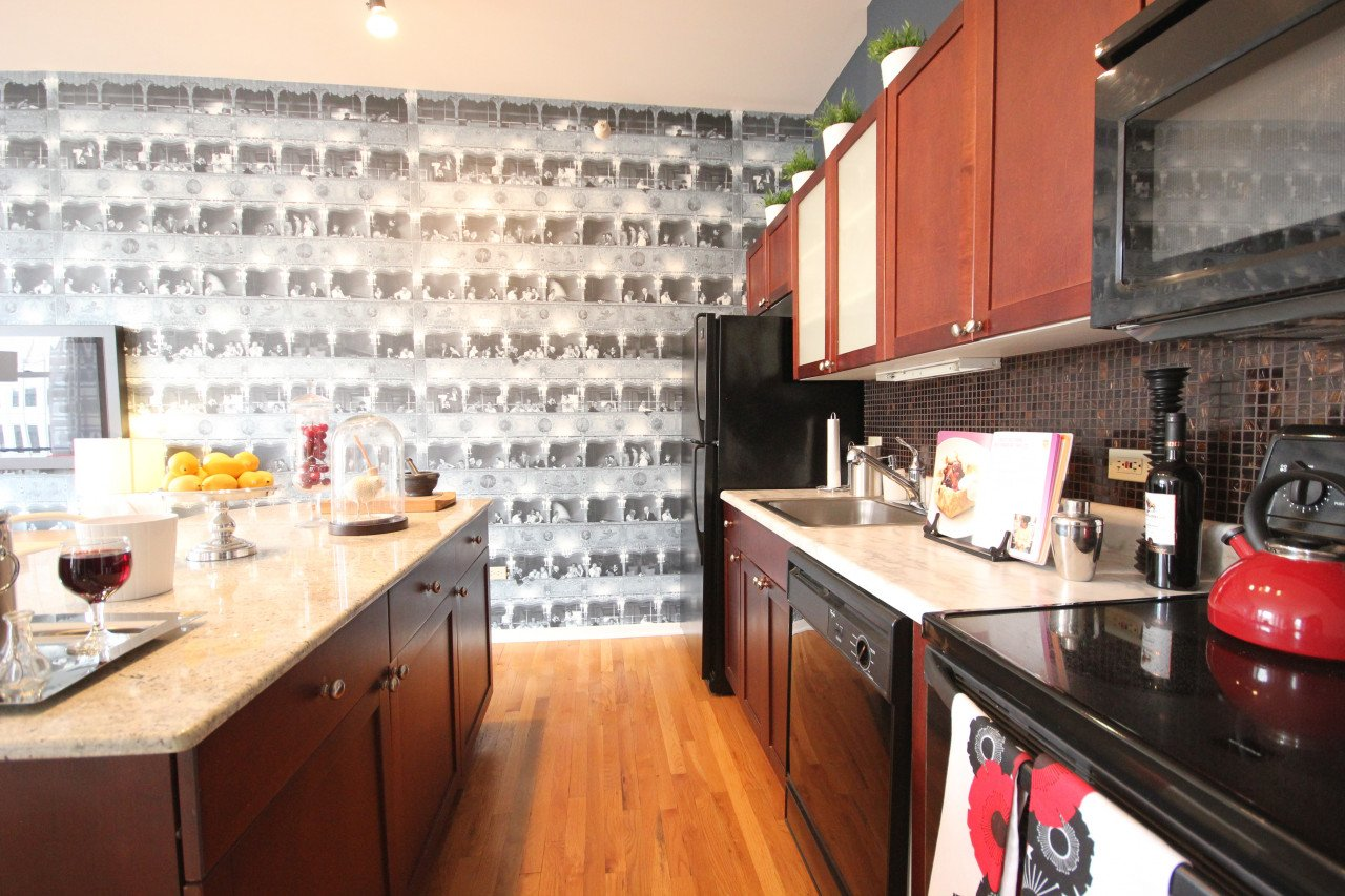 2 Bedrooms 2 Bathrooms Apartment for rent at Fisher Building in Chicago, IL