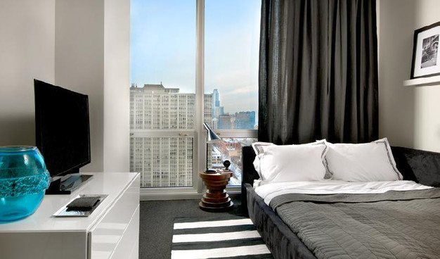 2 Bedrooms 2 Bathrooms Apartment for rent at The Lex in Chicago, IL