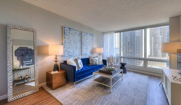 Atwater Apartment for rent in Chicago, IL