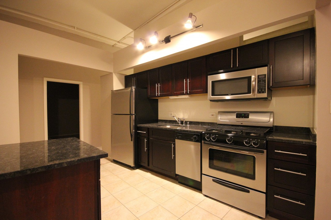 2 Bedrooms 2 Bathrooms Apartment for rent at 1350 N Wells St in Chicago, IL