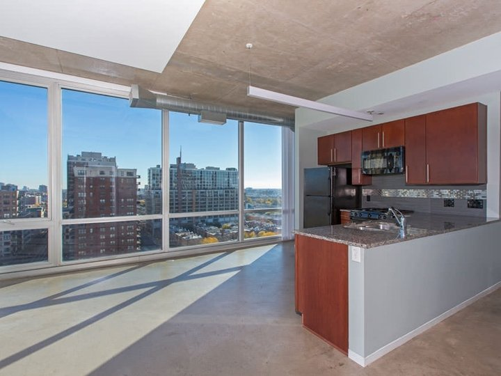 1 Bedroom 1 Bathroom Apartment for rent at 1401 South State in Chicago, IL