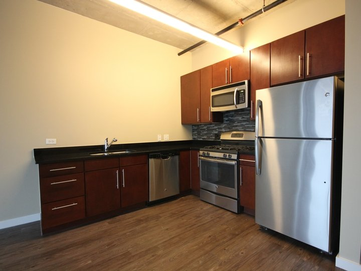 2 Bedrooms 2 Bathrooms Apartment for rent at 1401 South State in Chicago, IL