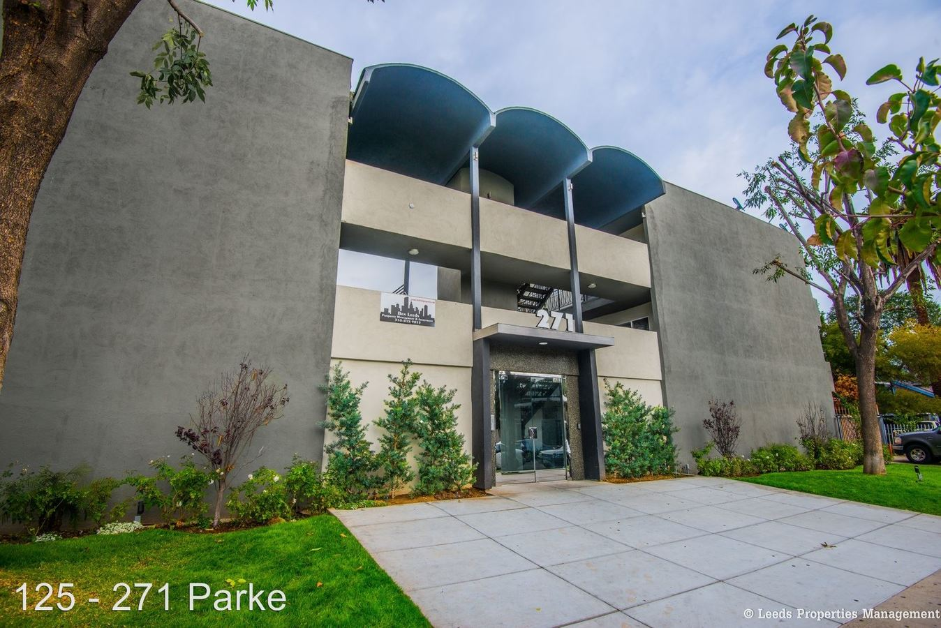 2 Bedrooms 1 Bathroom Apartment for rent at 271 Parke St. in Pasadena, CA