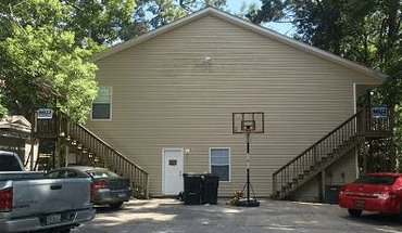 1415 Charlotte Apartment for rent in Tallassee, FL