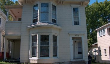 212 Tinkler Street Apartment for rent in Lafayette, IN