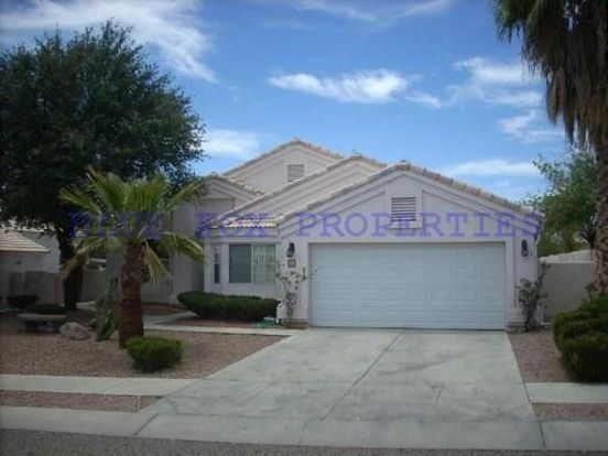 3 Bedrooms 2 Bathrooms House for rent at 3631 W. Arrowwood Place in Tucson, AZ
