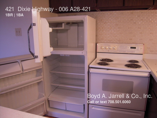 1 Bedroom 1 Bathroom House for rent at 421 Dixie Highway in Chicago Heights, IL