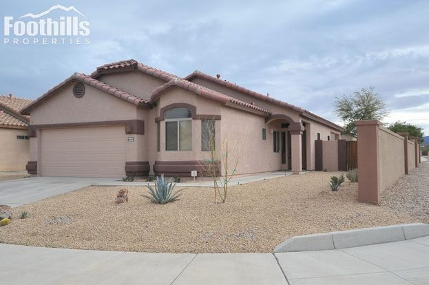 3 Bedrooms 2 Bathrooms House for rent at 6191 Sandburg Court in Tucson, AZ