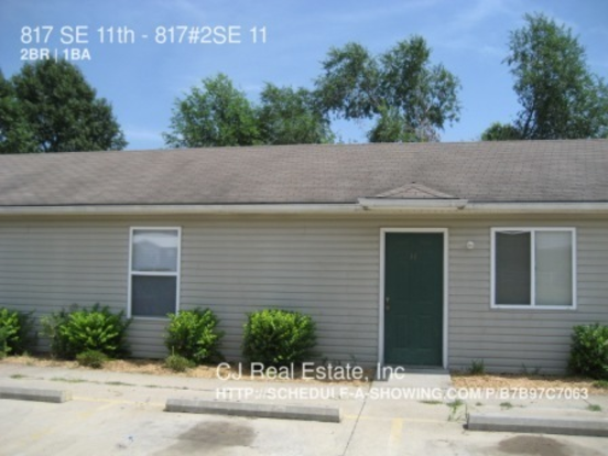 2 Bedrooms 1 Bathroom House for rent at 817 Se 11th St in Oak Grove, MO