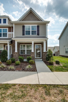 2 Bedrooms 2 Bathrooms House for rent at 2521 River Trail Drive in Nashville, TN