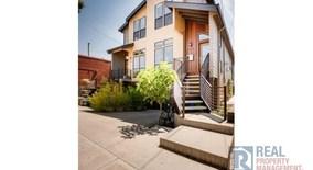 Similar Apartment at 3852 Se Salmon St