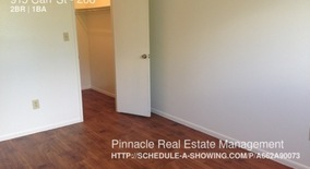Similar Apartment at 915 Carr St